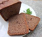 Brot mit Emmer und Traubenkernmehl sowie Sauerteig