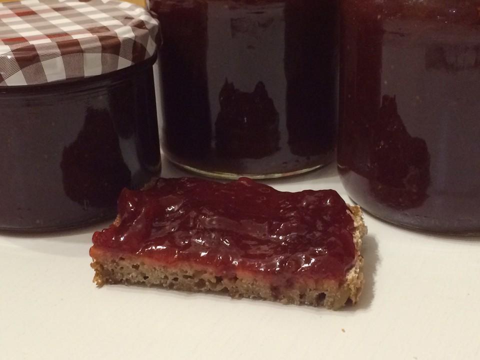 pikante erdbeer rhabarber marmelade rezept mit bild. Black Bedroom Furniture Sets. Home Design Ideas