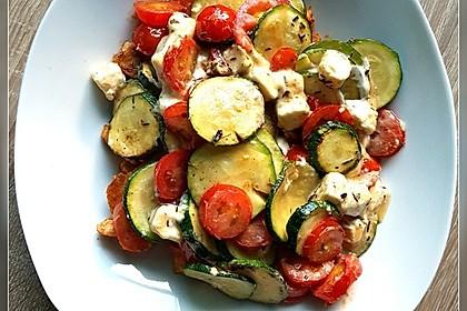 Leichte Sommerküche Chefkoch : Leichte zucchini tomaten pfanne mit schafskäse von möhrchen