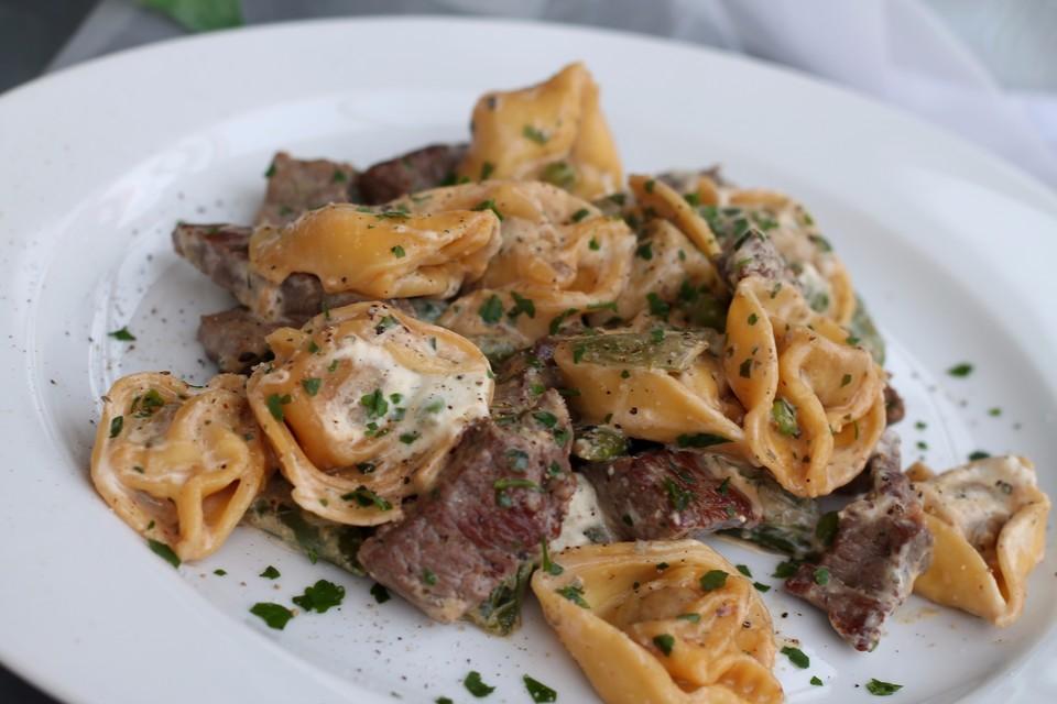 Schnelle Tortelloni-Steak-Pfanne (Rezept mit Bild)   Chefkoch.de