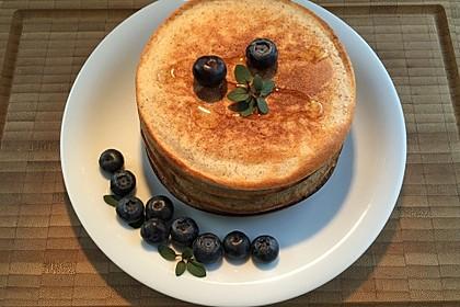 Bio-Vollkorn-Pancakes mit Heidelbeeren 1