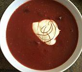 Scharfe Rote Bete-Kartoffel-Suppe
