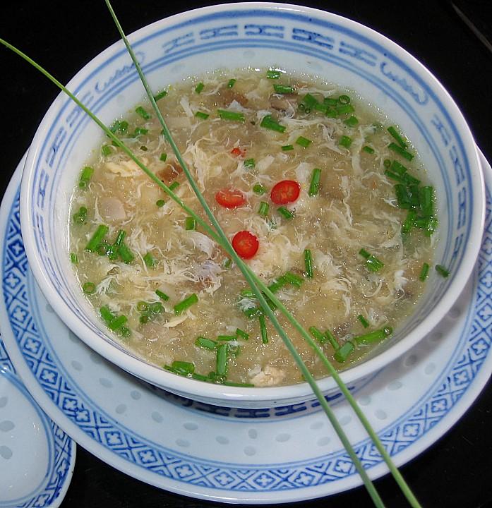 scharf saure chinesische suppe rezept mit bild. Black Bedroom Furniture Sets. Home Design Ideas