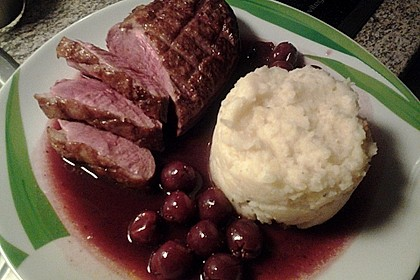 Barbarie - Entenbrust mit Portwein - Kirsch Sauce 16