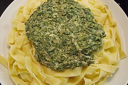 Vollkornnudeln mit Spinat - Käse Sauce 4