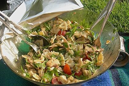 Mozzarella - Nudel Salat 4