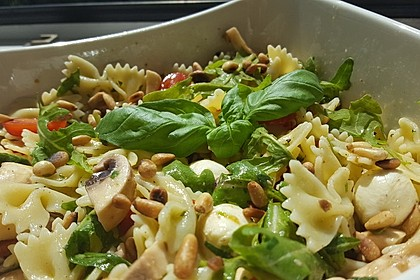 Mozzarella - Nudel Salat 2