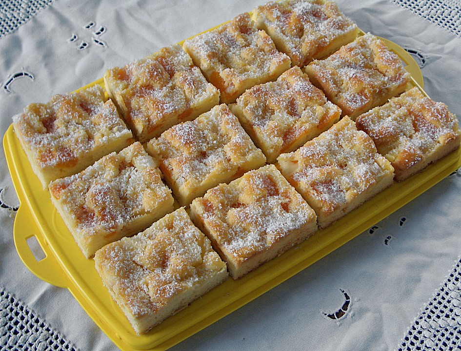 erfrischender ananas mandarine blechkuchen von schraudi. Black Bedroom Furniture Sets. Home Design Ideas