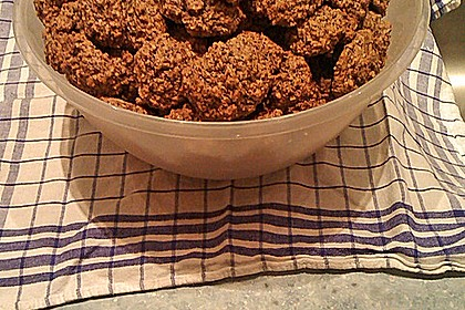 Nuss - Schokoladen - Plätzchen 19