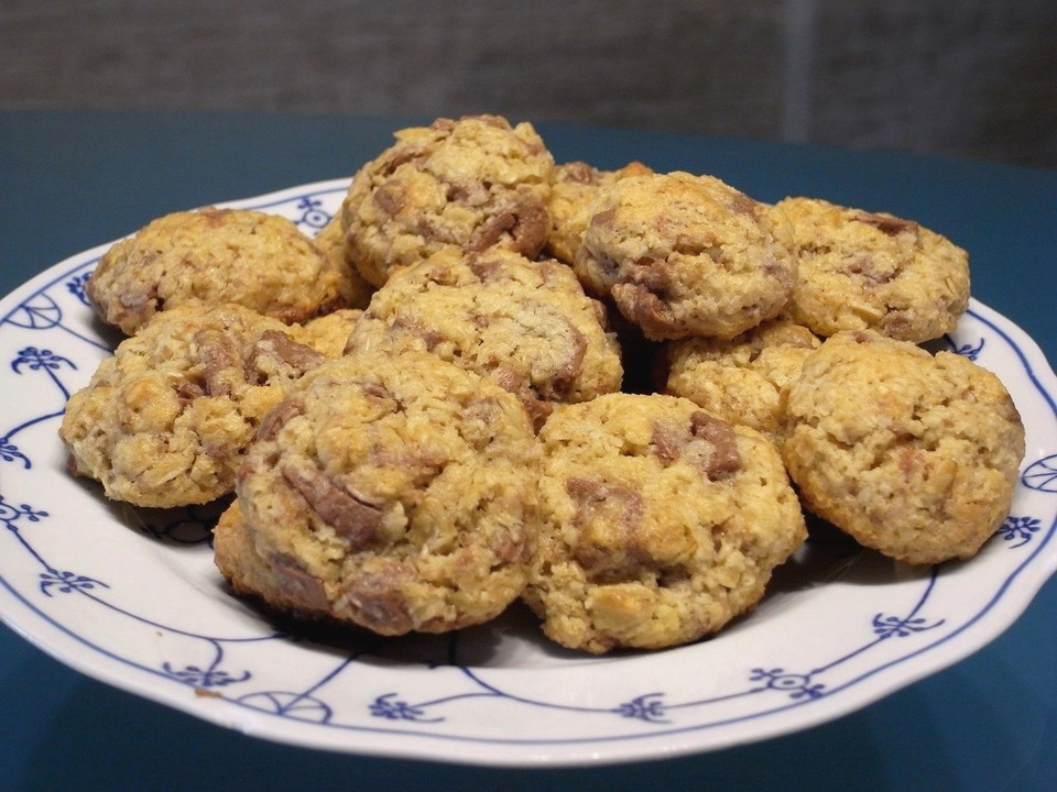 urmelis kokos haferflocken schoko cookies rezept mit bild. Black Bedroom Furniture Sets. Home Design Ideas