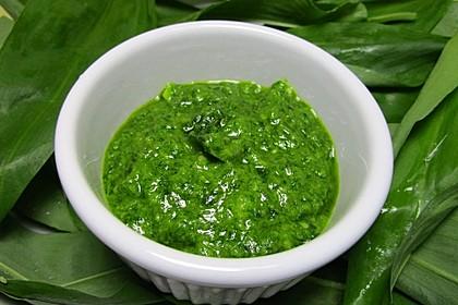 Frisches Bärlauch-Pesto 1