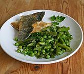 Grüner Spargel-Erbsen-Gemüse
