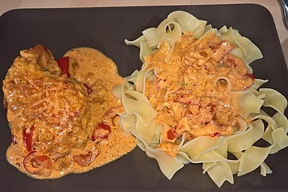 Tanjas überbackenes Paprika-Zwiebel-Sahne-Hähnchen 1