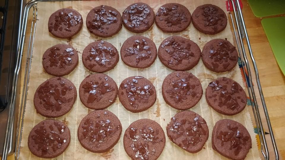kakao kekse mit braunem zucker von nayrunia. Black Bedroom Furniture Sets. Home Design Ideas