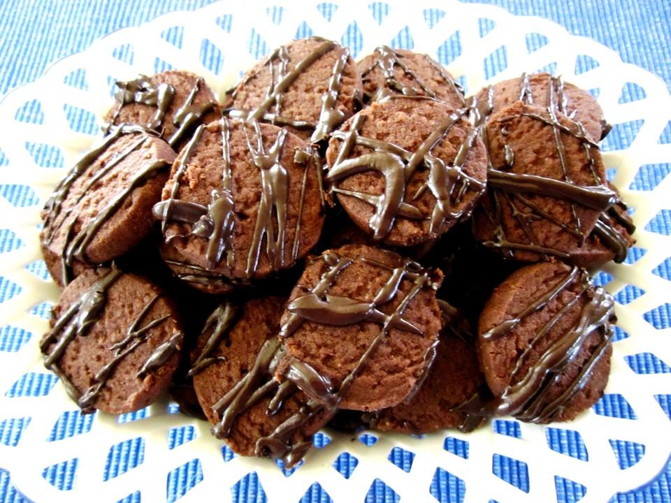 kakao kekse mit braunem zucker rezept mit bild von nayrunia. Black Bedroom Furniture Sets. Home Design Ideas