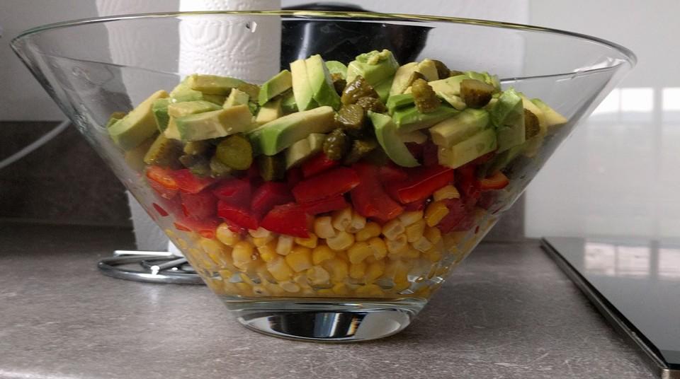 paprika mais avocado salat rezept mit bild von peretele. Black Bedroom Furniture Sets. Home Design Ideas