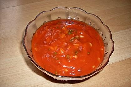 Tomaten-Schinken-Suppe mit Zartweizen