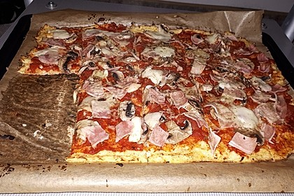 Schnelle Low-Carb Pizza 1