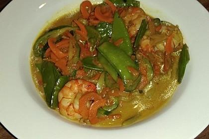 Thailändische Gemüsespaghetti mit Garnelen 1