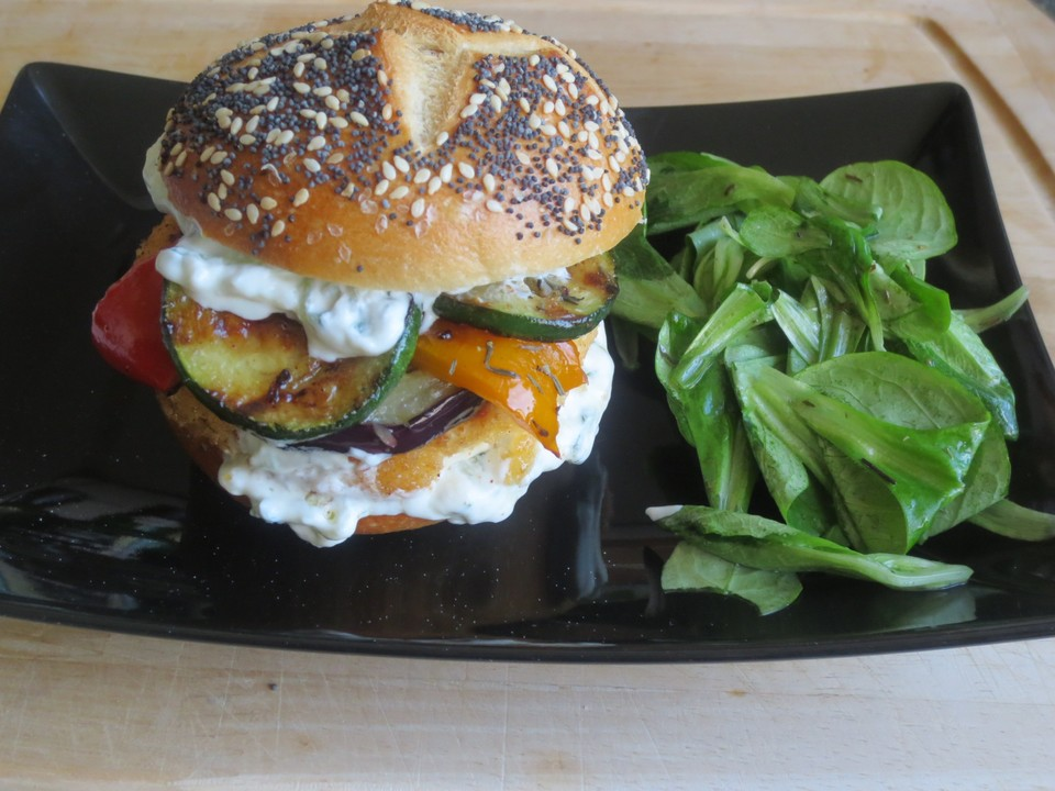 vegetarischer burger griechischer art rezept mit bild. Black Bedroom Furniture Sets. Home Design Ideas