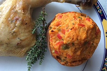 Ofen-Hähnchen-Keulen mit Süßkartoffeln 10