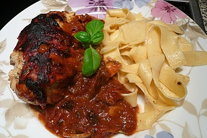 Gefüllte Hähnchenbrust in Tomaten-Rotwein-Sauce 1