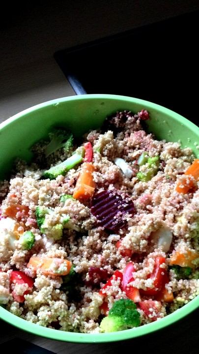 quinoa salat rezept mit bild von cookiebrause. Black Bedroom Furniture Sets. Home Design Ideas
