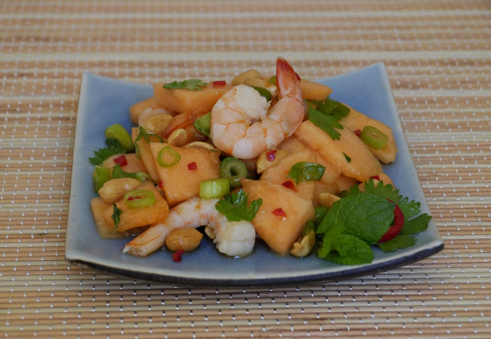 melonen shrimps salat mit erdn ssen von ars vivendi. Black Bedroom Furniture Sets. Home Design Ideas