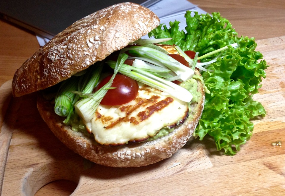 halloumi burger rezept mit bild von lorenzham. Black Bedroom Furniture Sets. Home Design Ideas