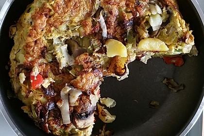 Vegetarische Tortilla mit Paprika, Lauch und Feta Käse