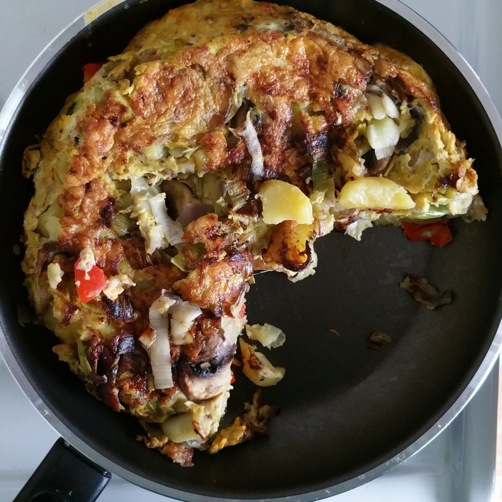 vegetarische tortilla mit paprika lauch und feta k se rezept mit bild. Black Bedroom Furniture Sets. Home Design Ideas