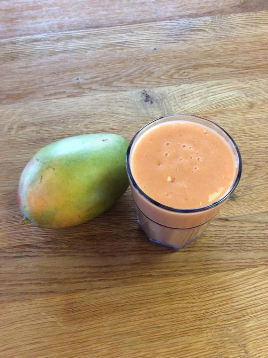 mango himbeer kokos smoothie rezept mit bild von k chen zauber. Black Bedroom Furniture Sets. Home Design Ideas