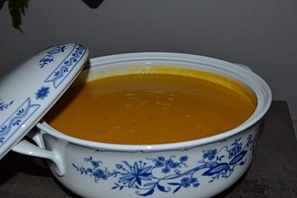 Asiatisch angehauchte Kürbis-Kartoffel-Suppe 1