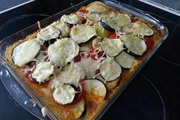 Kartoffel-Zucchini-Hackauflauf