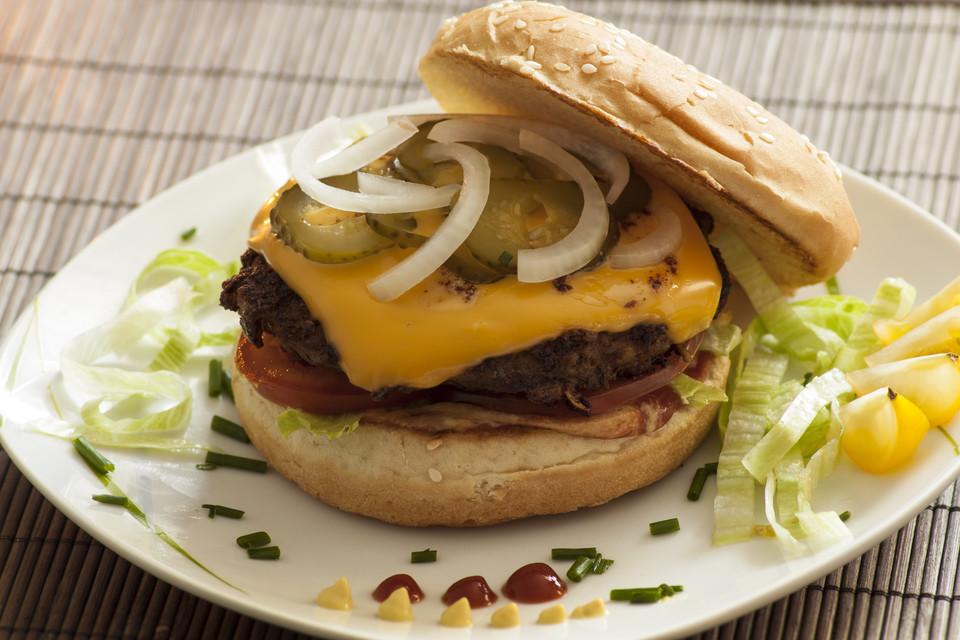 burger patties rezept mit bild von fotobasti. Black Bedroom Furniture Sets. Home Design Ideas