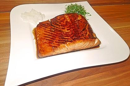 Japanischer gegrillter Lachs mit Teriyaki - Soße 8