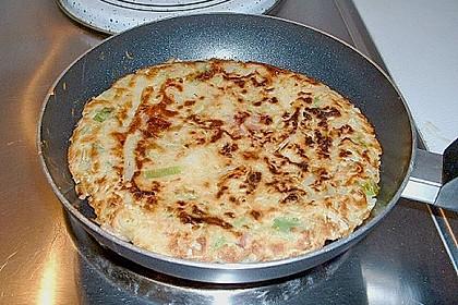 Japanische Pizza bzw. Gemüsepfannkuchen 3