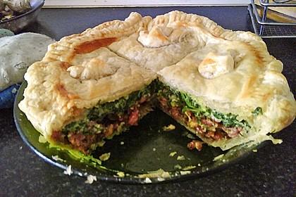 Blätterteig - Pie mit Hackfleisch - Spinat Füllung 9