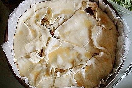 Blätterteig - Pie mit Hackfleisch - Spinat Füllung 19