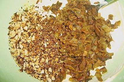 Steinpilzravioli mit Petersilienpesto, Parmesan und San Daniele Schinken 20