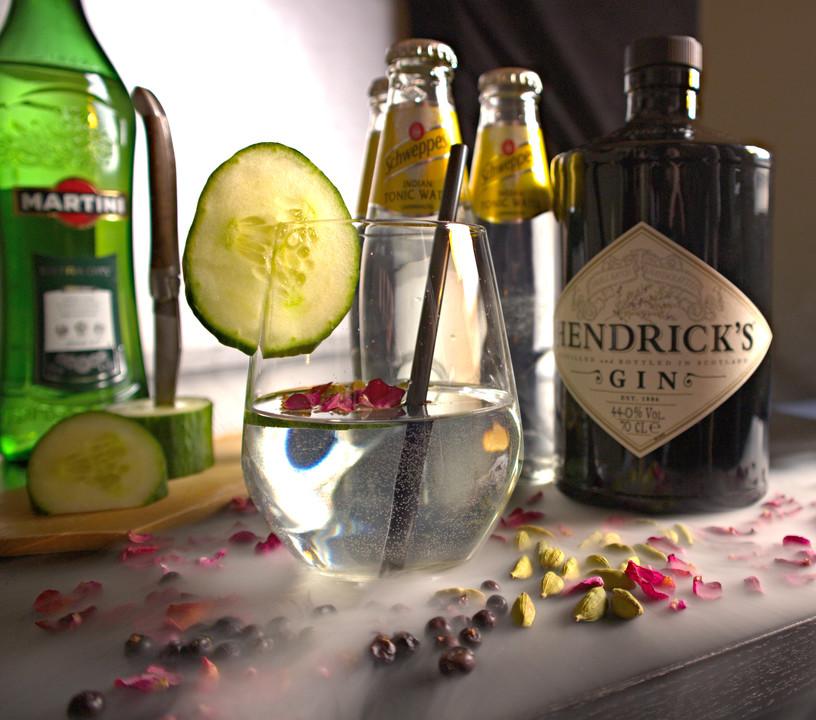 gin und tonic wermut rezept mit bild von cucuriose. Black Bedroom Furniture Sets. Home Design Ideas