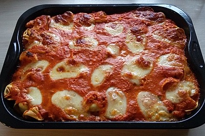 Tortellinigratin mit Tomaten-Sahnesoße 2