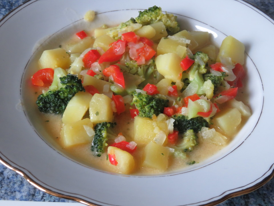 Kartoffel-Brokkoli-Eintopf von opmutti   Chefkoch.de