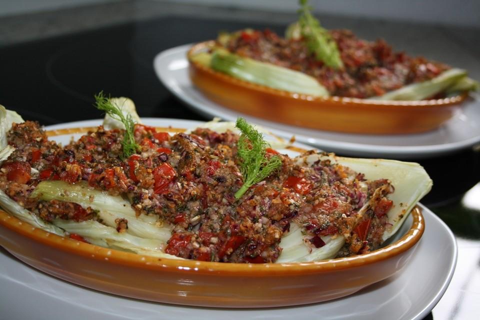 Fenchelgemüse mit Tomaten Knoblauch Kruste