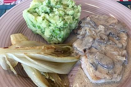 Seelachsfilet mit Speck und Kartoffel-Erbsen-Püree 10