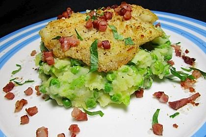 Seelachsfilet mit Speck und Kartoffel-Erbsen-Püree