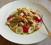 Schneller bunter Blattsalat mit Hähnchenbrustfilet