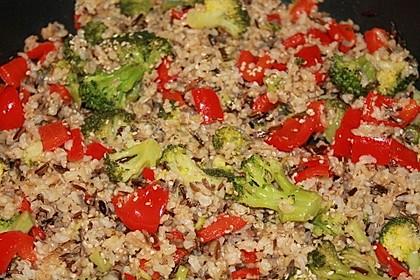 Brokkoli-Paprika-Reis-Pfanne
