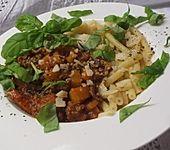 Makkaroni mit Kürbis-Bolognese