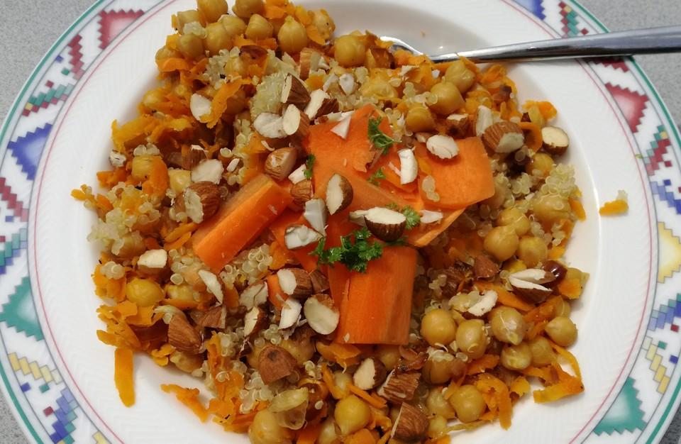 quinoa kichererbsen superfood salat rezept mit bild. Black Bedroom Furniture Sets. Home Design Ideas